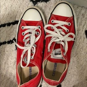 Size 7 RED Converse